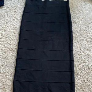 BCBG max azria body comes skirt